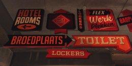 volkshotel-signs
